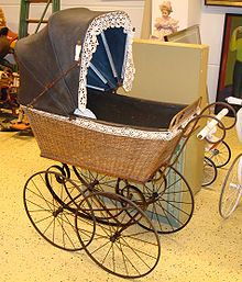 Kinderwagen, historisch.