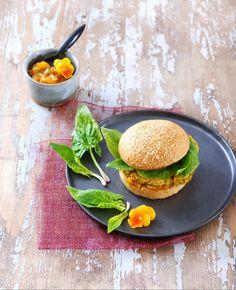 Les blogueuses cuisinent vegan - burger à l'indienne et chutney de mangue - Géraldine Olivo et Myriam Gauthier-Moreau