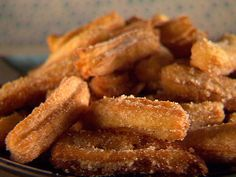 Get Cinnamon Churros with Mexican Chocolate Dipping Sauce Recipe from Food Network Mexican Dishes, Mexican Food Recipes, Ethnic Recipes, Spanish Recipes, Spanish Food, Dessert Recipes, Food Network Recipes, Cooking Recipes, Cooking Food