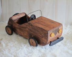 Newborn- one year old posing carmade of sturdy sold wood in a natural finish