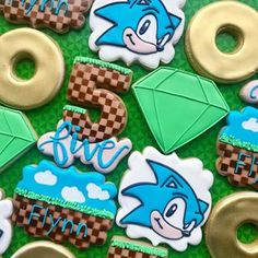 Sonic the hedgehog ° ° ° Sonic Birthday Parties, Sonic Party, Frozen Themed Birthday Party, Summer Birthday, 5th Birthday, Birthday Ideas, Sonic The Hedgehog Cake, Sonic Cake, Fun Party Themes