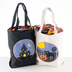 Twinkling Trick or Treat Bag  -  Display a sample - but participants must bring in their own tote bag with a design already on it.  Tell them ahead of time that they will be given  X number of Twinkle pieces.