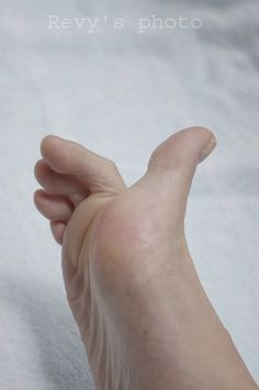 Anatomy Reference, Art Reference, Foot Anatomy, Big Toe, Gorgeous Feet, Sexy Toes, Female Feet, Pose, Sketch