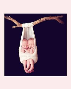 Would never have the nerve. Twin Baby Photos, Baby Pictures, Cute Pictures, Family Pictures, Baby Love, Baby Baby, Baby Kids, Newborn Poses, Baby Outfits Newborn