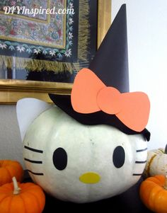 How to Decorate a Pumpkin with Construction Paper to make Hello Kitty.