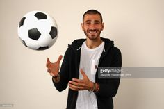Leonardo Bonucci of Italy poses during The Best FIFA Football Awards at The May Fair Hotel on October 23, 2017 in London, England.