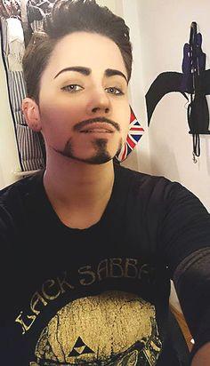 Tony Stark Make Up Test I by KureijiKuro. on Tony Stark Make Up Test I by Kureij Beard Makeup, Male Makeup, Cosplay Makeup, Costume Makeup, Tony Stark, Drag King Makeup, Fake Beards, Make Up Test, Long Haired Men