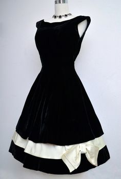 c404f29a5e Vintage 50s Black Velvet Dress    1950s Black   White Holiday Evening Party  Dress
