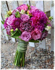 fuschia wedding bouquet