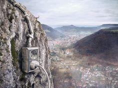L'agence collaborative Souverein travaille pour la publicité en créant des visuels finement retouchés à base de photographies et de 3D