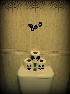 Halloween in the toilet :p
