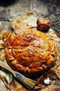 Galette rustique aux amandes, noisettes et pistache by #Doriannn
