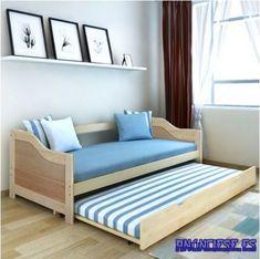 La cama inferior se extrae de forma suave, por lo que puede convertirse en sofá durante el día y en una cómoda cama por la noche