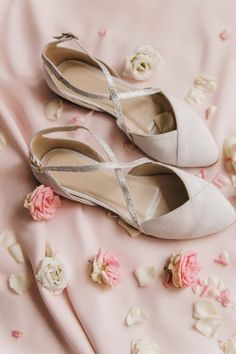 Custom order in V blue color. White Wedding Shoes, Wedding Boots, Wedding Attire, White Ballet Flats, White Flats, Bridal Flats, Simple Shoes, Silver Flats, Star Shoes