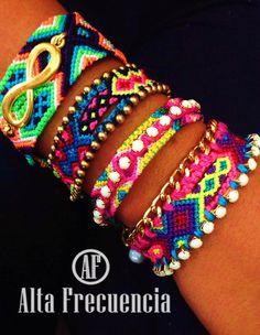 Pulseras de la amistad hechas a mano, con detalles modernos, con estilo, moda y tendencia hechas en mexico, friendship bracelets, romantic, bohemian, boho, by Alta frecuencia Hecho a a Mano. https://www.facebook.com/pages/Alta-Frecuencia-Hecho-a-Mano/601323909922860