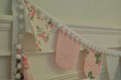 Ooh pretty garland for the tea party? Party Bunting, Bunting Garland, Fabric Bunting, Diy Bunting, Bunting Ideas, Party Flags, Fabric Garland, Banner Ideas, Party Garland