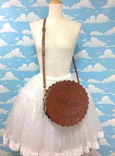 Biscuit Shoulder Bag in Brown from SWIMMER (C/D condition) - Lolita Desu