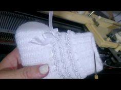 Knitting Machine Patterns, Baby Sewing, Diy Videos, Baby Knitting, Beanie, Skirt Patterns Sewing, Crochet Unicorn, Knitting Toys, Crochet Baby Shoes