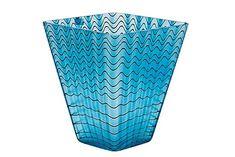 Oiva Toikka Nuutajärvi Notsjö 1992 Blue and metal lustre filigree glass. Glass Design, Design Art, Birches, Art Of Glass, Alvar Aalto, Lassi, Glass Collection, Seas, Scandinavian Design