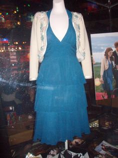 Twilight~ Bella's Prom Dress.You can Almost See The Shoes She Wore As Well