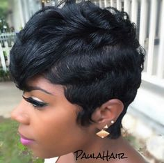 Popular afro hairstyles for woman – My hair and beauty Afro Hair Style, Curly Hair Styles, Natural Hair Styles, Love Hair, Great Hair, Gorgeous Hair, Black Women Short Hairstyles, Short Hairstyles For Women, Short Sassy Hair