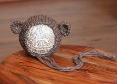 Ehi, ho trovato questa fantastica inserzione di Etsy su https://www.etsy.com/it/listing/252545257/pdf-knitting-pattern-newborn-baby-teddy