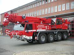 Feuerwehr moderner Faun-Autokran