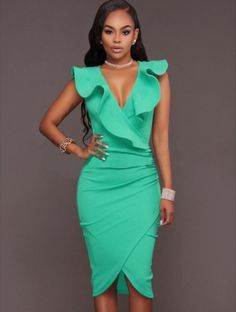 Quem disse que modelos midi não ficam super elegantes e sensuais mesmo?