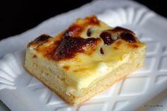 Hencles sasesc reteta de Hanklich sau Henklesch, lichiu | Savori Urbane Raisin, Sour Cream, Cheesecake, Deserts, Dessert Recipes, Pie, Sweets, Food, Yummy Yummy