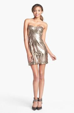 Trixxi Sequin Body-Con Dress #gold Get 5% cash back: http://www.studentrate.com/lakeforest/get-lakeforest-student-deals/Nordstrom-Student-Discounts--/0