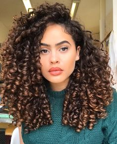 Trendy Hair Goals Natural Wavy 47 Ideen Best Picture For hair styles for party For Your Taste You are looking for something, and it is going … Curly Hair Tips, Long Curly Hair, Big Hair, Curly Hair Styles, Natural Hair Styles, Curly Girl, Natural Curly Hair, Long Natural Curls, Really Curly Hair