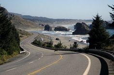 One of the best ways to see the very finest that Oregon has to offer, is by driving the scenic route from Astoria to Brookings, along Highway the Oregon Coast Highway. Pacific Coast, Pacific Northwest, Southern Oregon Coast, Oregon Washington, Oregon Travel, Travel Usa, Vacation Spots, Places To See, Coastal