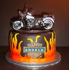 Maybe for Nick's birthday.no Harley though.we will see how it turns out Motorcycle Birthday Cakes, Motorcycle Cake, 40th Birthday Cakes, Birthday Ideas, Harley Davidson Cake, Cupcake Cakes, Cupcakes, Occasion Cakes, Amazing Cakes
