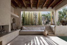 Inside Philip Dixon's Venice House - Architectural Digest Architectural Digest, Dixon Homes, Venice House, Interior Architecture, Interior Design, Modern Interior, Design Interiors, Interior Paint, Desert Oasis