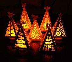 Árbol de Navidad lumbrera corte Digital por PeadenScottDesigns