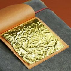 500 sheets of gold leaf for decorative gilding of various...