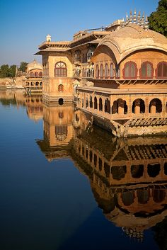 Deeg Palace by Pierre Turtaut, via Flickr. A palace built in 1772, outside Bharatpur in Rajasthan, India.