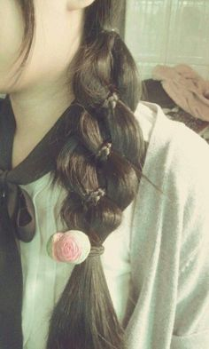Check out these awesome fuss free styles for the perfect back to school hairstyle.
