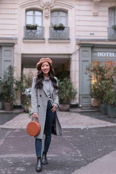 Parisian style // check coat + beret hat + circle bag + rain boots Sharing the little Paris boutique hotel where we stayed: Hotel Adele & Jules Paris Outfits, Outfits With Hats, Winter Outfits, Casual Outfits, Work Outfits, Beret Outfit, Raincoat Outfit, Dress Like A Parisian, Parisian Style
