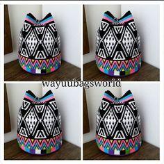 260 отметок «Нравится», 20 комментариев — Melek Dalkıran (@wayuubagsworld) в Instagram: «Dunya kadinlar gunumuz kutlu olsun❤❤❤❤ #8martdünyakadınlargünü #kutluolsun #siparishazirlaniyor…» Crochet Art, Tapestry Crochet, Crochet Handbags, Crochet Purses, Crotchet Patterns, Tapestry Bag, Weaving Art, Knitted Bags, Purses And Bags