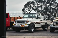 All The Vintage Land Cruiser Goodness From The World's Largest Toyota Parade • Petrolicious