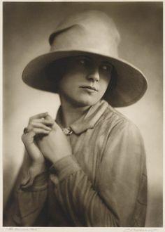 'The Riviera Hat', [Portrait of Mrs Doris Borup], 1929. Charles F. Borup.