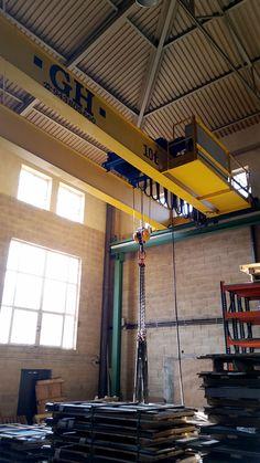 Varias grúas puente instaladas en LaserKen, empresaque utilizael láser como herramienta flexible para ofrecer soluciones rápidas y eficaces a la industria del metal. Corte de láser y plegado de c...