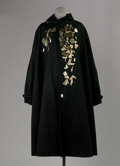 Yohji Yamamoto: Coat (2003.573.2) | Heilbrunn Timeline of Art History | The Metropolitan Museum of Art
