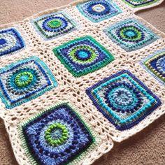 Textured Circles No. 14 ~ free pattern
