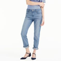 J.Crew Slim Boyfriend Jean ($87) ❤ liked on Polyvore featuring jeans, tailored jeans, j crew jeans, rolled jeans, rolled up jeans and slim boyfriend jeans