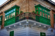 Loved the symmetry of this corner home in Sliema.