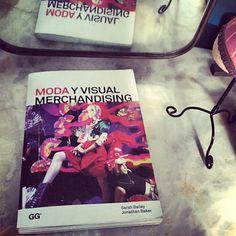Moda y Visual Merchandising, un manual de la profesión que define el éxito de una tienda