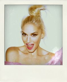 Gwen Stefani media gallery on Coolspotters. See photos, videos, and links of Gwen Stefani. Gwen Stefani, Top Knot, Knot Bun, Celebrity Hairstyles, Up Hairstyles, Claudia Arbex, Pretty People, Beautiful People, Beautiful Gorgeous