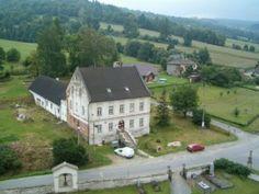 Ubytování na faře v Mansions, House Styles, Home Decor, Decoration Home, Room Decor, Fancy Houses, Mansion, Manor Houses, Mansion Houses